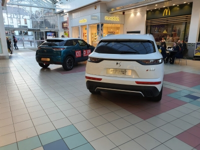 DS in Foyleside Shopping Centre
